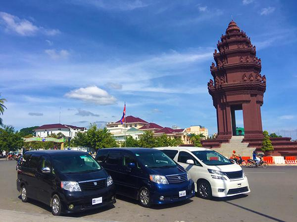Siem Reap driver is hosting European guests