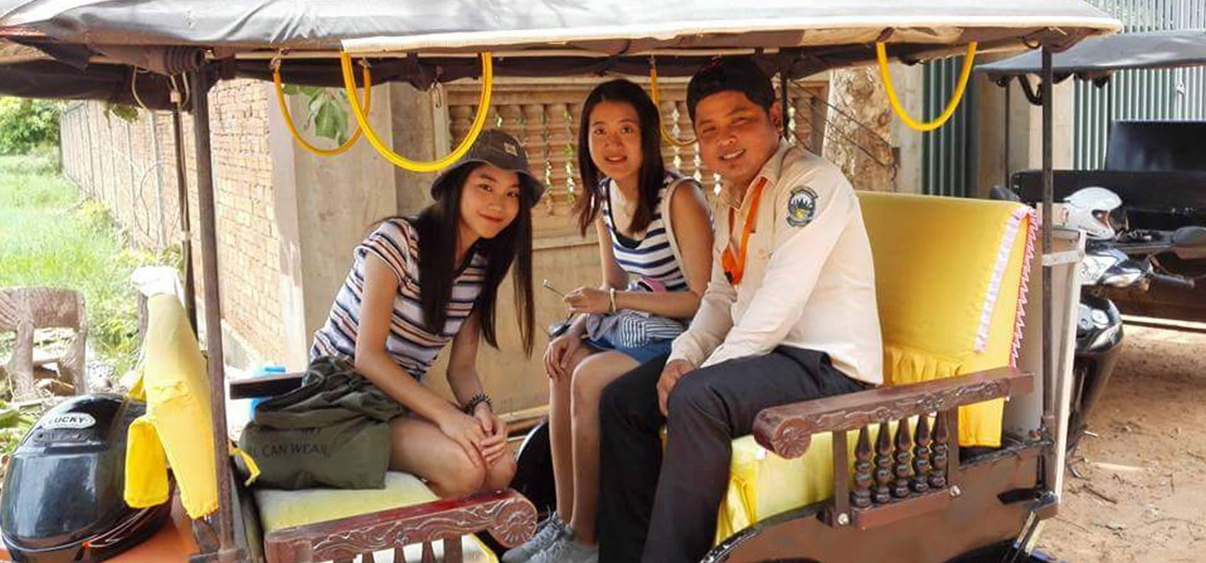cambodia-tour-guide.jpg